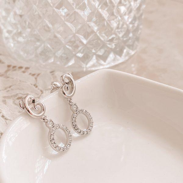 Oriana Dangling Earrings