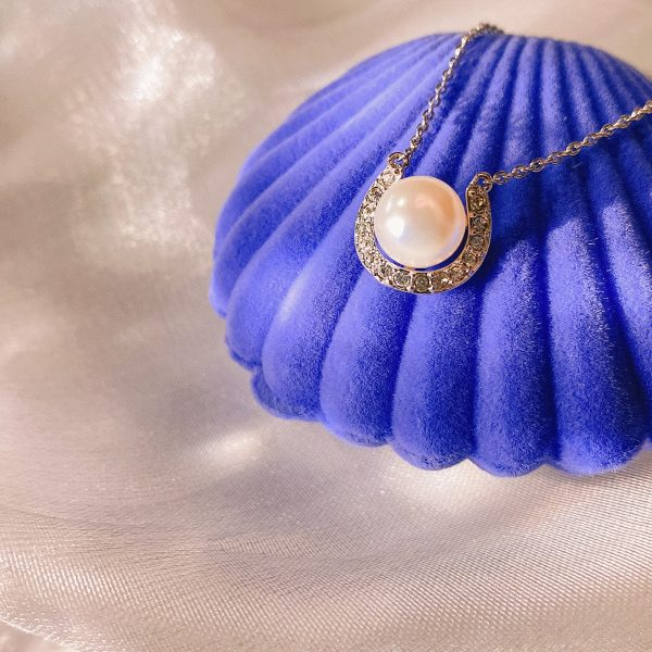 Cresent Pearl Pendant